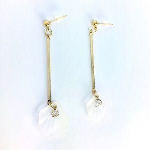 New! White Seashell Crystal Linear Drop Earrings